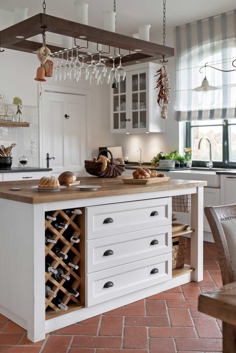 kuchnia prowansalska podłoga ceglana